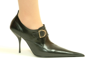 Stiletto buckle monk shoe with ultra-pointed toe. Black  leather. Leather lining, leather sole. Made in Italy exclusively for RoSa Shoes.