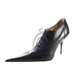 Medium high heel Oxford lace-up stiletto shoe with black leather upper, gold leather lining and leather sole, made in Italy exclusively for RoSa Shoes.